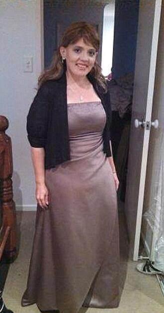 胖女子减肥两百多斤后,皮肤严重下垂使她a女子冬天游泳脂减图片