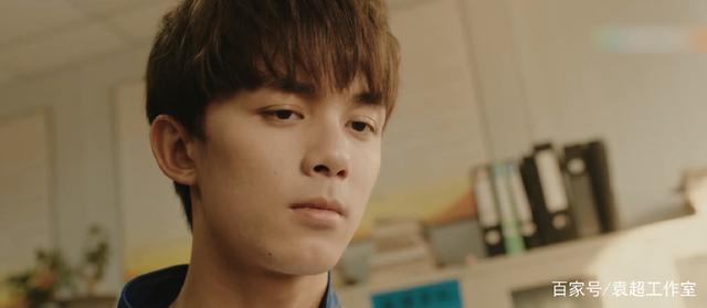 我叫吴磊,一个成绩联赛的高中生,我现在慌得一nike不好北京高中图片