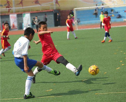泰安小学喜迎少年杯青少年足球赛体彩音乐课本剧图片