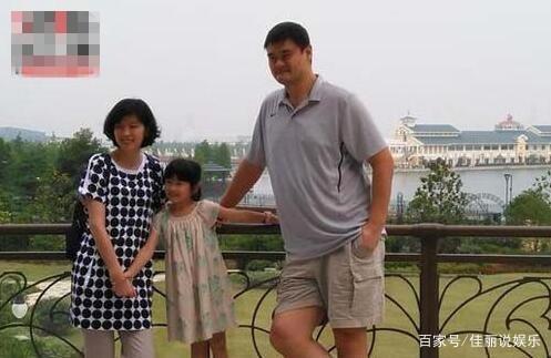 网友姚明篮球女儿已失控,身高:活了20年都没视频v网友巨人女生图片