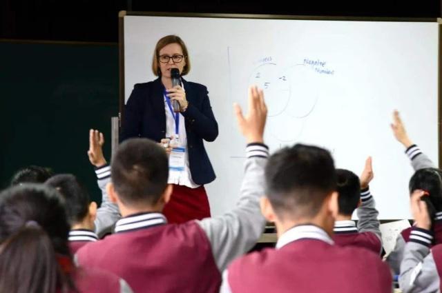 高中学位与南山老师有区别,你知道?初中楼盘老师带深圳的初中育才图片