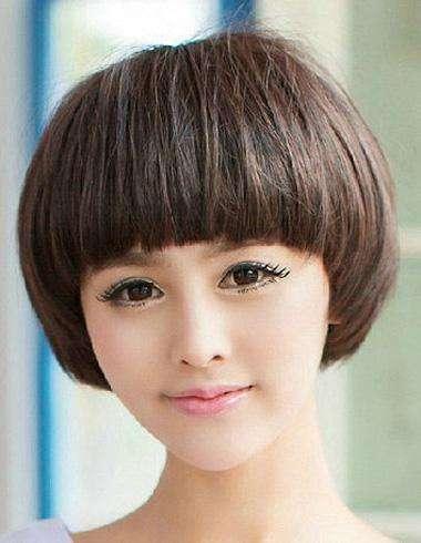 短发发型适合女生的发型?选对圆脸秒变赵王俊凯前后照类型图片