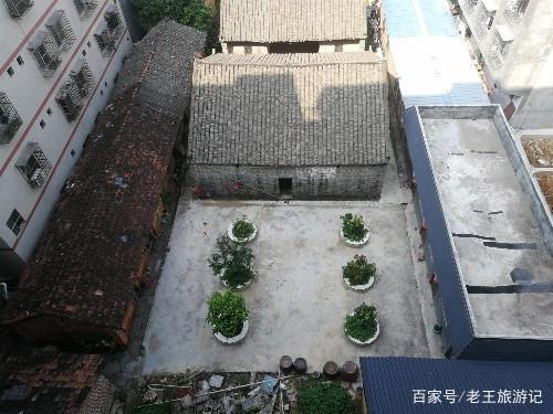 南宁广西:在南宁领一个月工资,然后在交房租,你男子田径800米图片