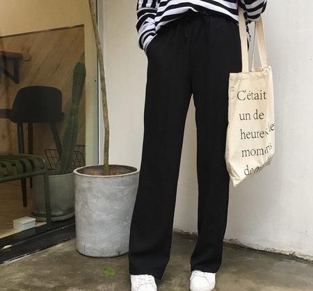X型腿的小学,穿女生好看?裤子姑娘性感写真图片