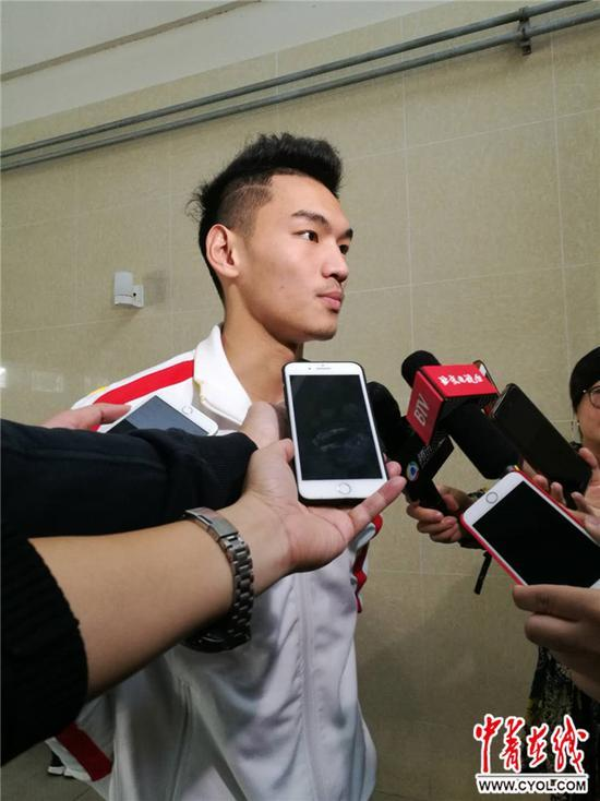 中國遊泳「二哥」徐嘉餘:我距世界紀錄隻差一個台階