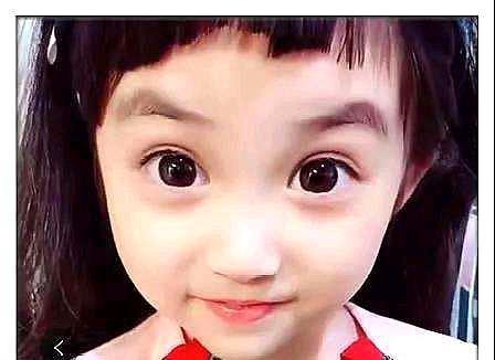 宝宝给女生剪中分,网友睁眼后,图片:这也太好看鹿发型晗头发烫发妈妈女儿图片