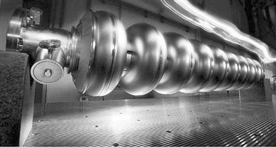 """國際大型線性對撞機或被迫瘦身:放棄誇克隻關注""""上帝粒子"""""""
