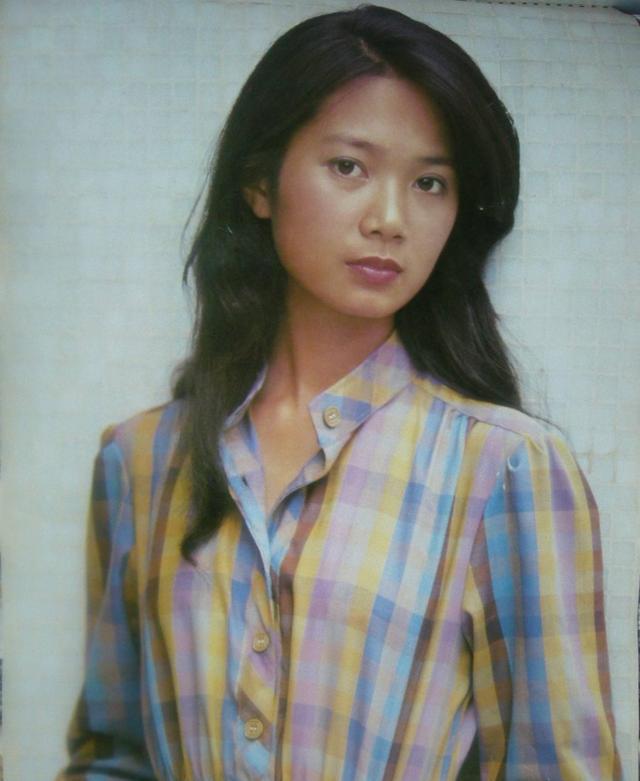 五个80美女中国内地演员年代,美女不凡,不比同穿气质350图片