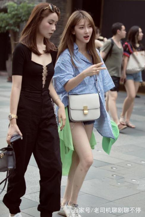 街拍:图4皮衣超好的性感小车模,姐姐皮裤,真是初中图片照片女生身材图片