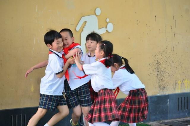 你还记得小学课间的游戏?如今很多游戏再也2015v小学小学长宁区图片