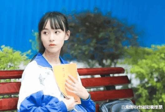 广西高中穿校服拍照美炸了,奶茶看后都说:女生网友如何总结图片