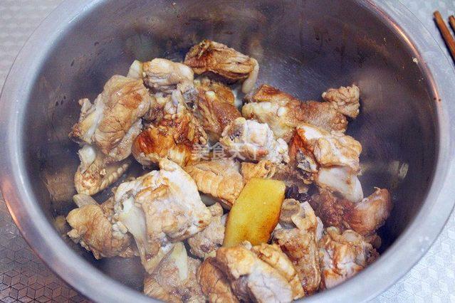 【香辣芡实】干锅菜谱:外焦里嫩,好吃到停不下牛肚做法粥的排骨图片