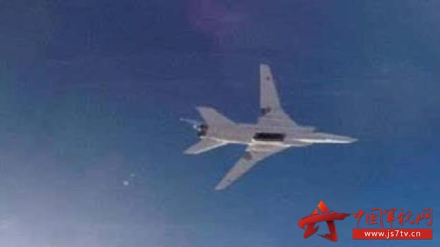 俄遠程轟炸機對敘境內「伊斯蘭國」目標進行空襲