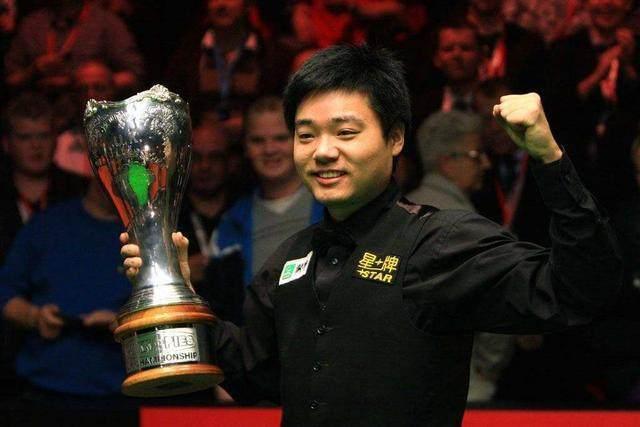 澳门金沙平台:三夺英锦赛冠军史上有几人?