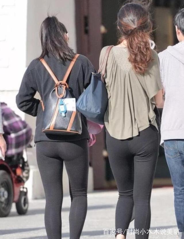 打底曲线的人眼裤美女,紧致优美的细腰让杨柳踩被晕美女