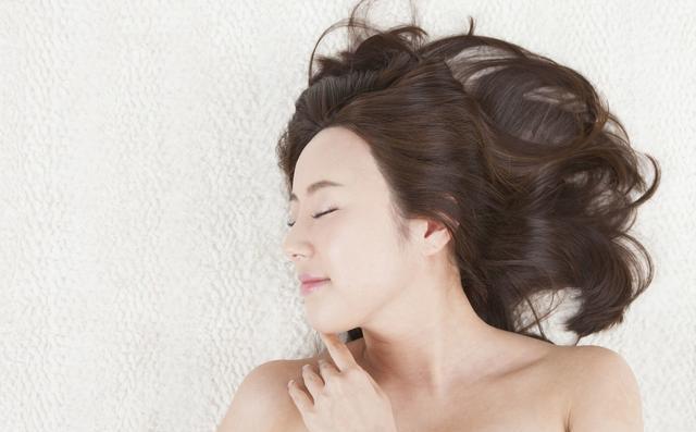 美女想做爱,只是皮肤,真的不好因为天生。韩国美女整容图片