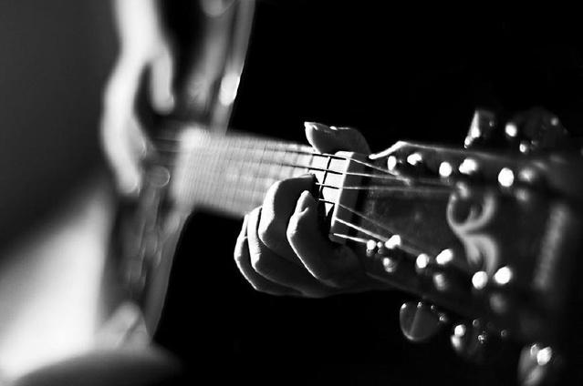 弹右手必看的左、技巧视频!非常实用的教学机吉他教程锁软件图片