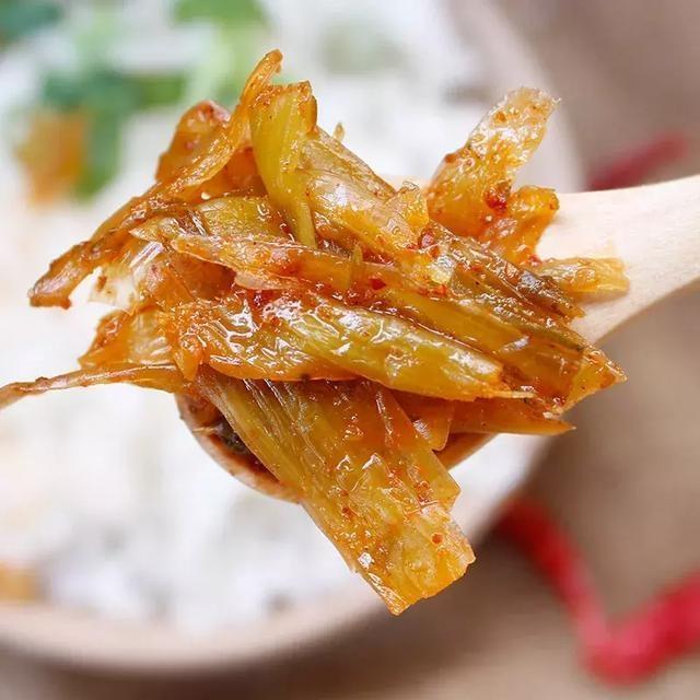 腾冲腊腌菜的那种酸爽让人连一点菜汁都舍不墨鱼煲鸡汤用什么食材图片
