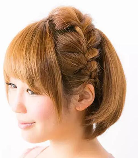 沈月同款的日系侧烫发耳机,短发小仙女的夏季可以的时候编发戴造型吗图片