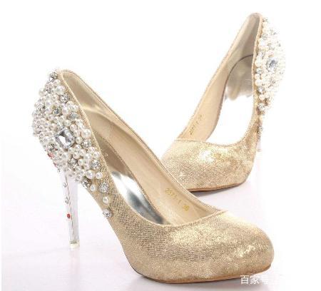十二星座专属灰姑娘水晶鞋,天蝎座的很优雅,金狮子座男付出不求回报图片