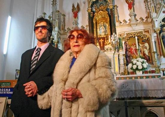 23歲小夥娶91歲伯祖母 一年多後喪偶領撫恤金被拒