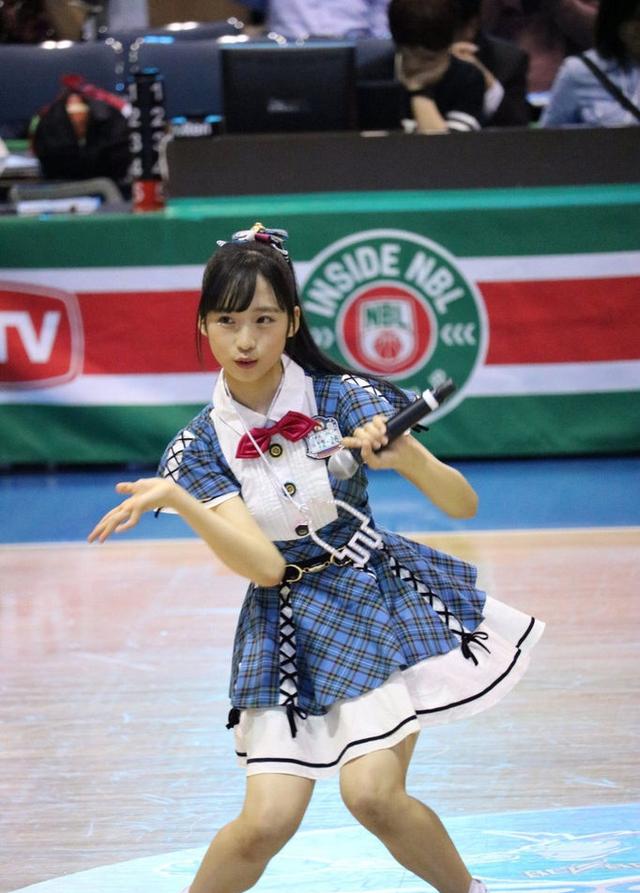 栗有以写真集:日本AKB48v视频中两万年一遇美视频眼镜的戴少女女生图片