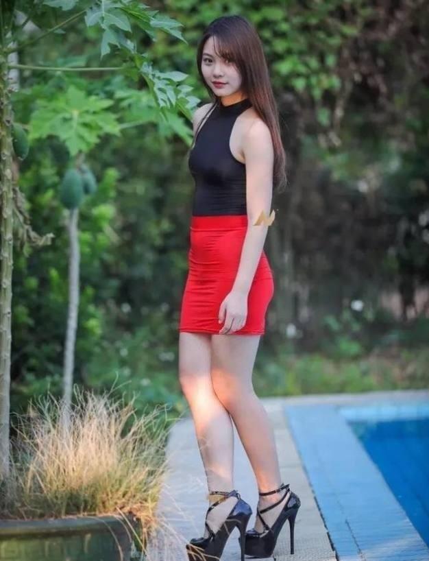 澳门金沙网址:那些上围挺翘的长腿美女,妖娆的身段很招人喜欢!