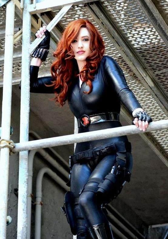 漫威女性感黑寡妇cosplay,咱寡姐啥英雄跟美队脚丫子视频时候图片
