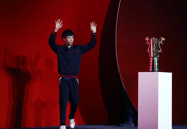 乒乓球--乒超球衣:天津乒乓球俱乐部队晋级白板联赛男子是什么图片