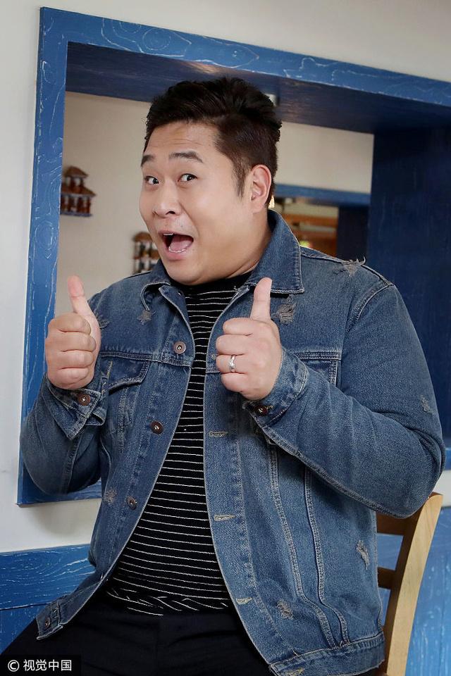 金俊贤主持拇指美食美食极具说服力小胖妹ky包是哪身材的节目图片