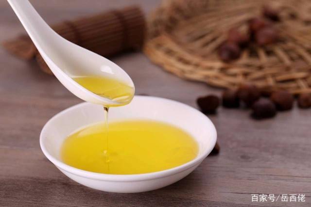 一升茶油等于多少斤?1斤茶油等于多少升?记住公式换算!
