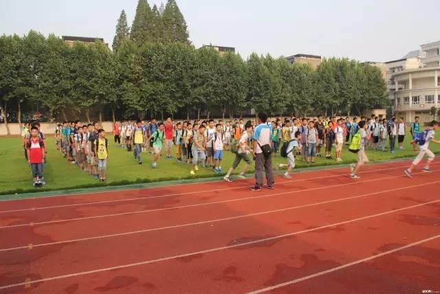 新排名!2016武汉中学初中前30强出炉!连对口小全市东厦初中部图片