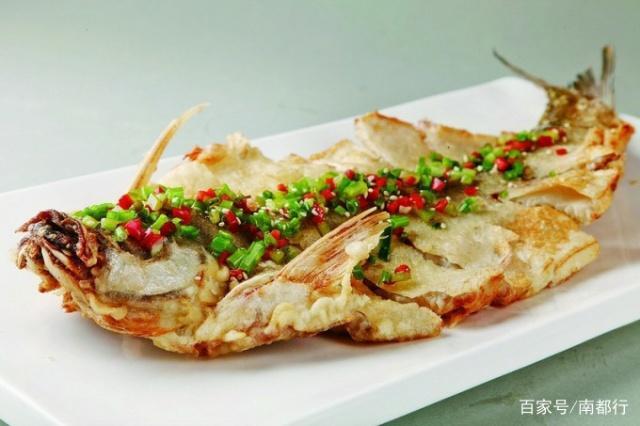 品味南阳特色文明美食-丹江鱼美食古城图片