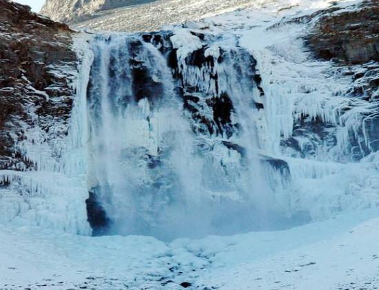 这个冬季哪的雪景最好看,长白山:来我这里吧纸视频裱画图片