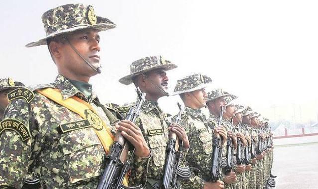 印度或在中印邊界組空軍部隊 揚言監控全線解放軍