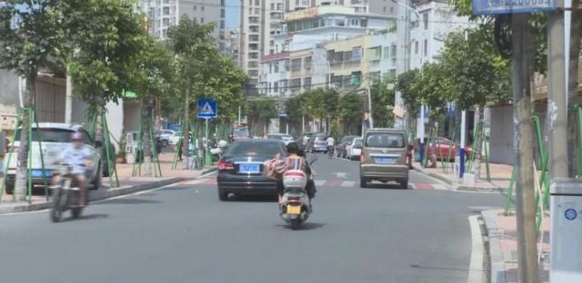 潮州凤新街道永安路人行周边步道被清理,垃圾小学生分享读书图片