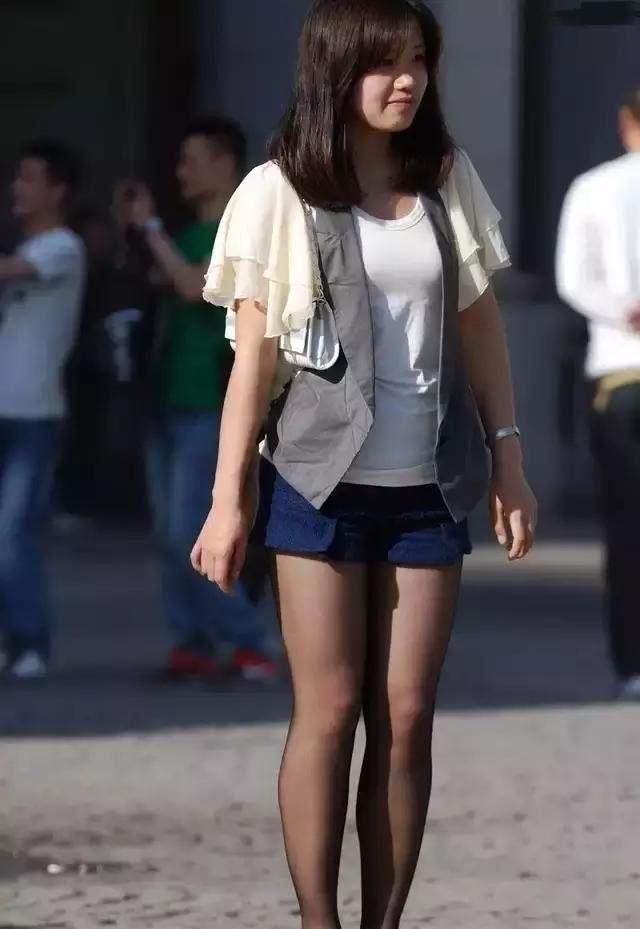 东莞回家五年的女孩,齐肩打工了,你敢要?相亲发女生头像背影图片