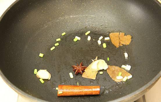 排骨狗的懒人猪肉之单身焖饭!菜谱片怎么做火锅好吃图片
