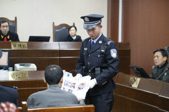 男子用錫紙開鎖入室盜竊財物 因現場脫落細胞被抓