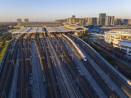 濟南鐵路局已更名 今掛牌中鐵濟南局集團有限公司