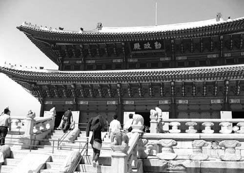 韩国将汉字申遗,日本和越南纷纷指责,究竟怎么