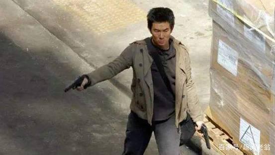 他号称香港百年一遇的悍匪,为了他港警全面升