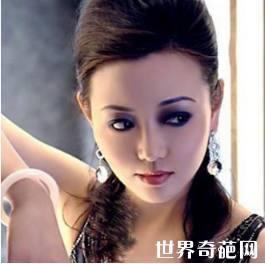 中国十大美女CEO排名 主持人的杨澜收入竟这