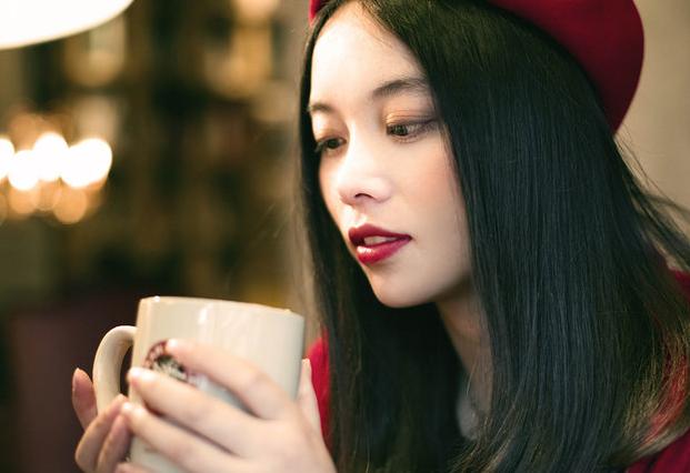 来例假能喝咖啡吗?相信这是很多朋友都会问到