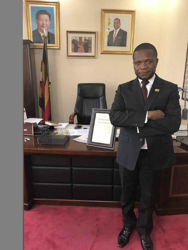 津巴布韋駐華大使:誰攻擊中國就是攻擊我 我不允許