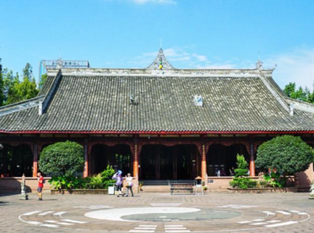 旅游:武侯祠,中国唯一的一座君臣合祀祠庙,被誉
