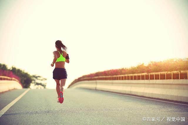 运动只能去健身房吗?其实坚持跑步的人,身体也