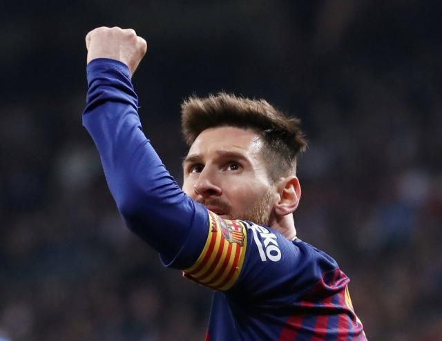 足球--西班牙国王杯:巴萨胜皇马晋级决赛