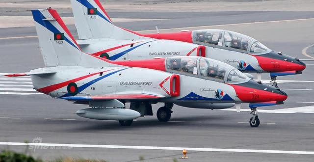 还买中国歼10不?孟加拉国K8教练机涂装挺不错