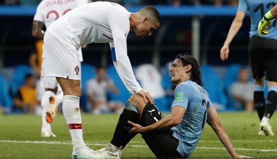世界杯前瞻:卡瓦尼伤情未定或将替补出场